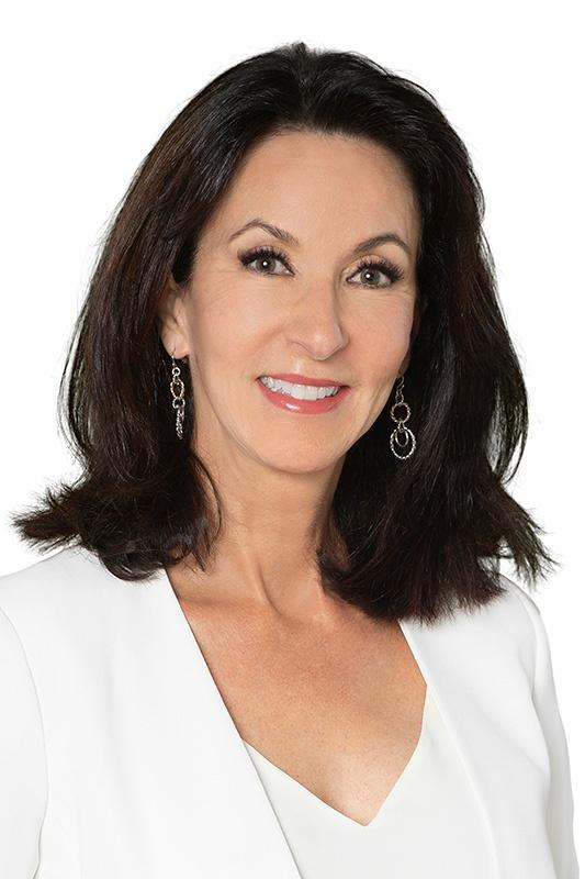 Leslie Jouflas, CMT